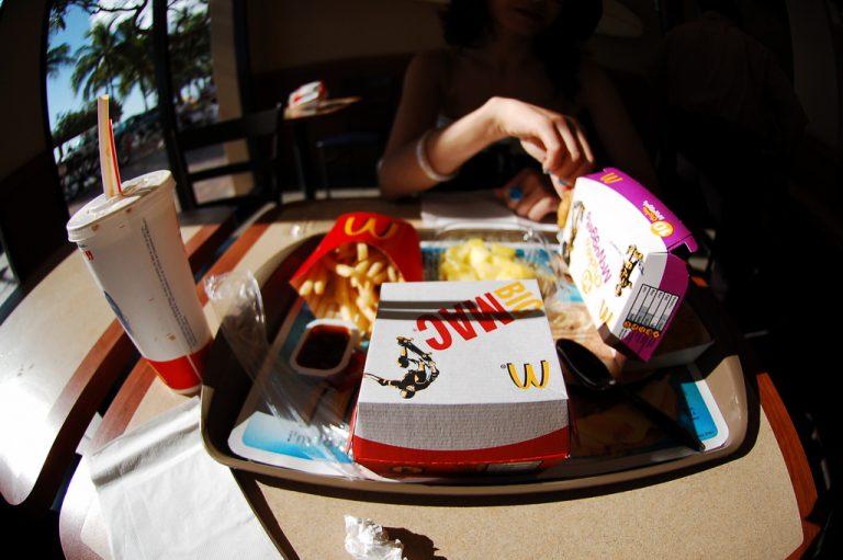 McDonald's i Coca-Cola stawiają na recykling. Wprowadzą opakowania ekologiczne?