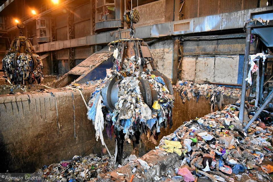Michał Olszewski: Sytuacja jest krytyczna, zakłady odmawiają przyjmowania śmieci. Będzie kryzys po Nowym Roku?