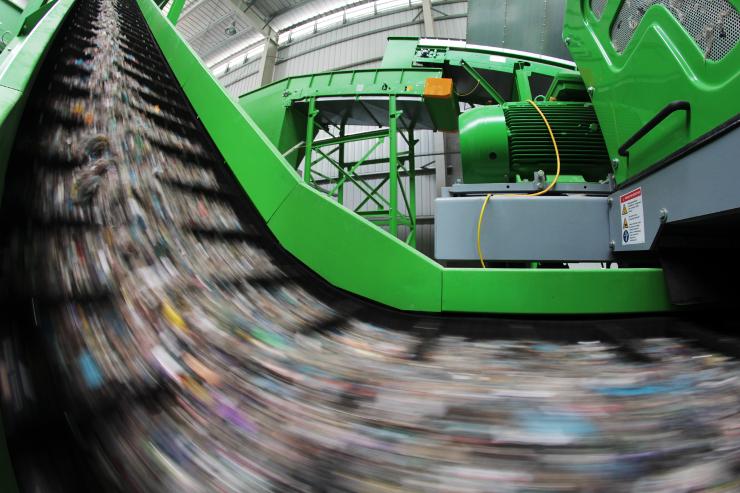 """Rząd chce """"uwolnić"""" regiony w gospodarce odpadami"""