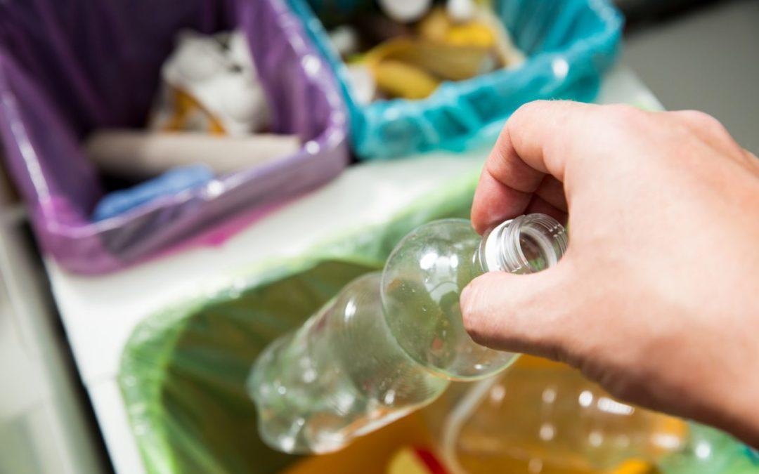Prawie wszyscy Polacy segregują odpady. A przynajmniej tak deklarują